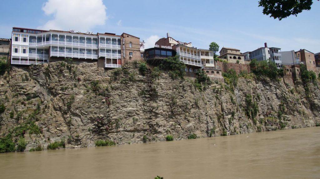 מלון מטאקי - מלונות מומלצים בטביליסי